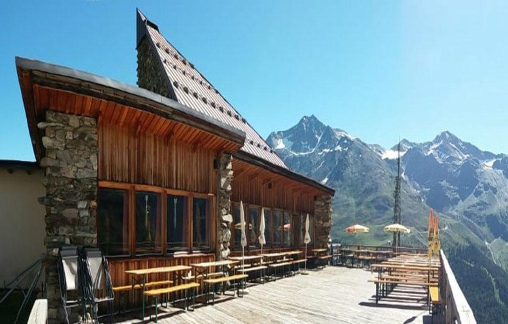 < Rifugio K2-Orso >